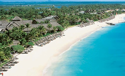 Go all out and whisk #Mom away to the LUX Belle Mare resort in #Mauritius. #travel