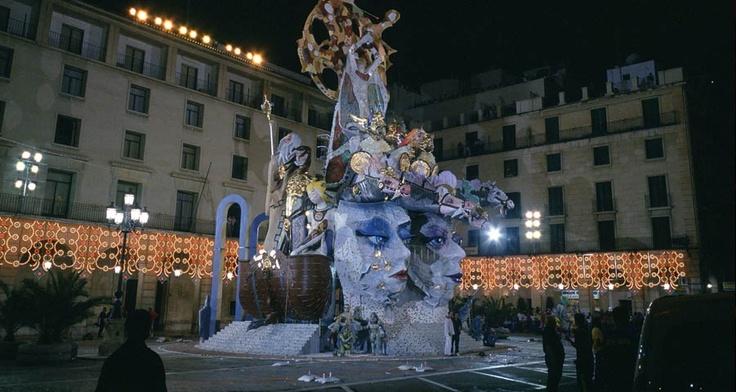 SPAIN :)   Bonfires of San Juan ©Ayuntamiento de Alicante