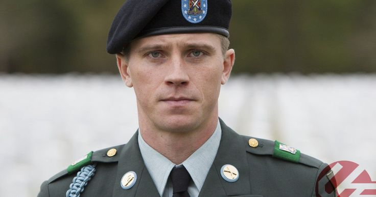 Garrett Hedlund on Taking Billy Lynn's Long Halftime Walk | EXCLUSIVE -- Garrett Hedlund has one of the year's best supporting performances in Billy Lynn's Long Halftime Walk, the first film shot in 4K 3D at 120 frames per second. -- http://movieweb.com/billy-lynn-long-halftime-walk-garrett-hedlund-interview/