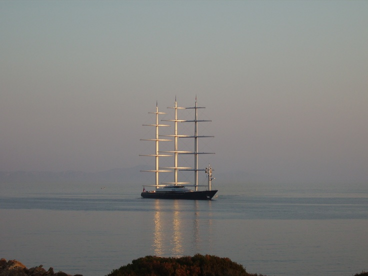 MALTESE FALCON IN ANTIPAROS