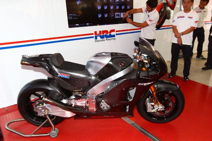 Valencia MotoGP: Honda presents 2014 Production Racer