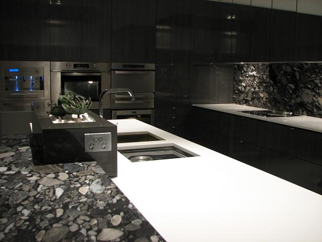 Ultra Modern Black White Kitchen Vertical Stone