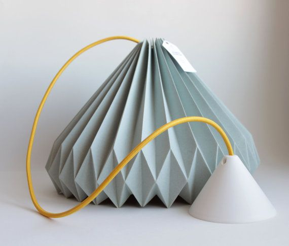 Handmade pendant lamp with origami process.  Higth-quality paper, specially used for folding.  All our Accordion lamps are sended with its