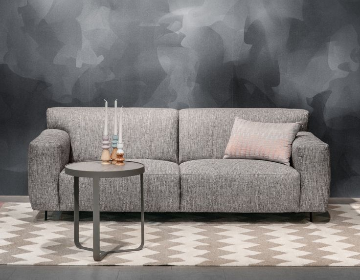 Talia sohva by Furninova #kruunukaluste #ainain #homedeco #scandinavianhomes #interior #inspiration #interiordesign #homeinspiration #sisustus #sisustusinspiraatio #sisustusidea #modern  #retro #sohva #livingroom #sofa