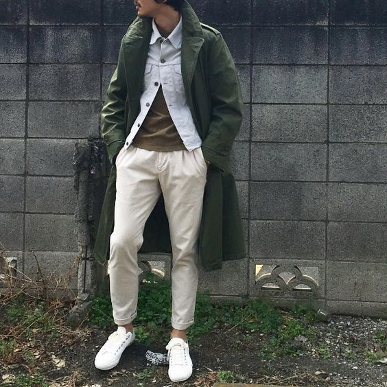 Vintage military coat #mensstyle #commeuncamion #casual #style #lifestyle #urbain #mode #men #streetswear #fashion #goodchoice #menswear #garderobe #vetement #look #vintage #parka #kaki #jean #denim #white #sneakers