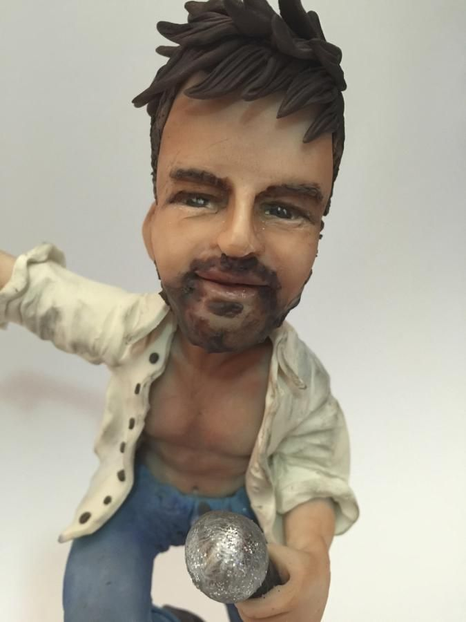 Ricky Martin - Cake by Trish Barber