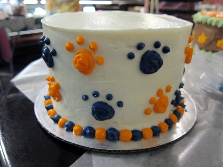 auburn cake | for my auburn cake i decided to put tiger paws all around my cake and ...