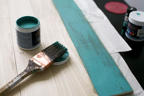Distressed painting technique