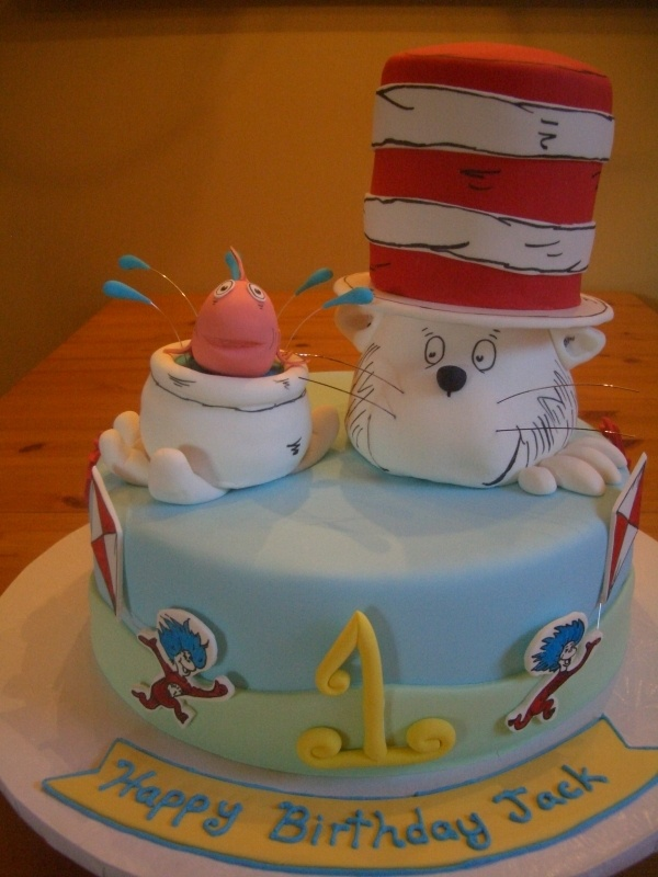 190 best Dr Seuss Cakes images on Pinterest Dr suess Cupcake