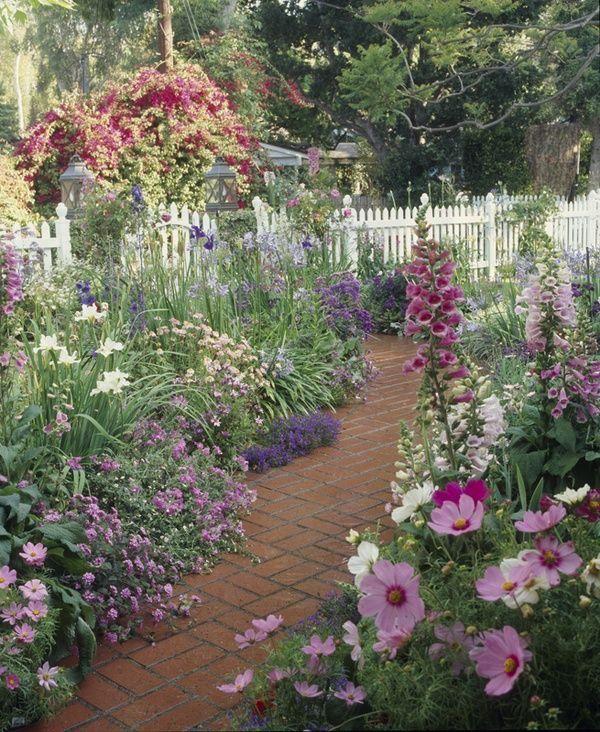 Pin By Vicki Beckman On Jardineria Cottage Garden Design Beautiful Gardens Gorgeous Gardens