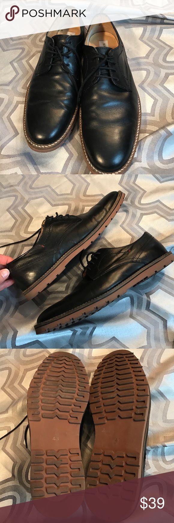 SALE! Ben Sherman sz10 black casual Oxford shoes Excellent used condition Ben Sherman sz10 black casual Oxford shoes...worn only 2x...gray shape...can be dressed up or down... Ben Sherman Shoes Oxfords & Derbys