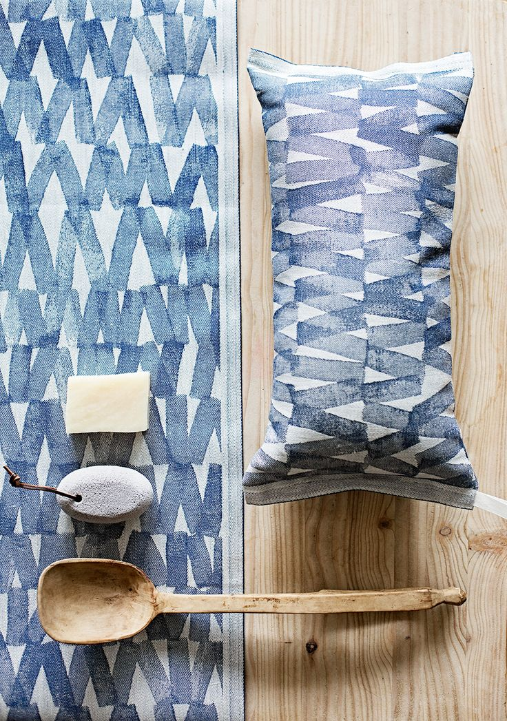 PÄRE sauna pillow and seat cover. Design Reeta Ek. Made in Finland by Lapuan Kankurit.