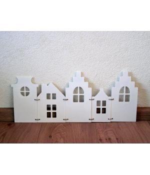 5 luik witte houten huisjes.20cm hoog 48cm lang. Leuk voor het raam of als decoratie!