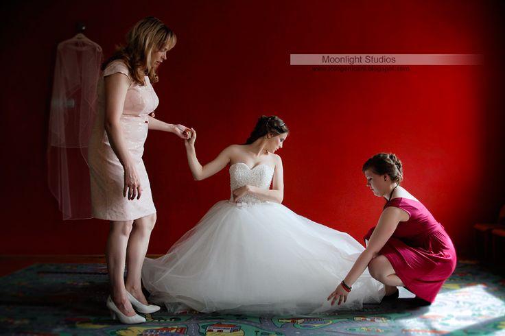 Przygotowania Panny Młodej, reportaż ślubny Moonlight Studios Robert & Iza Chełm