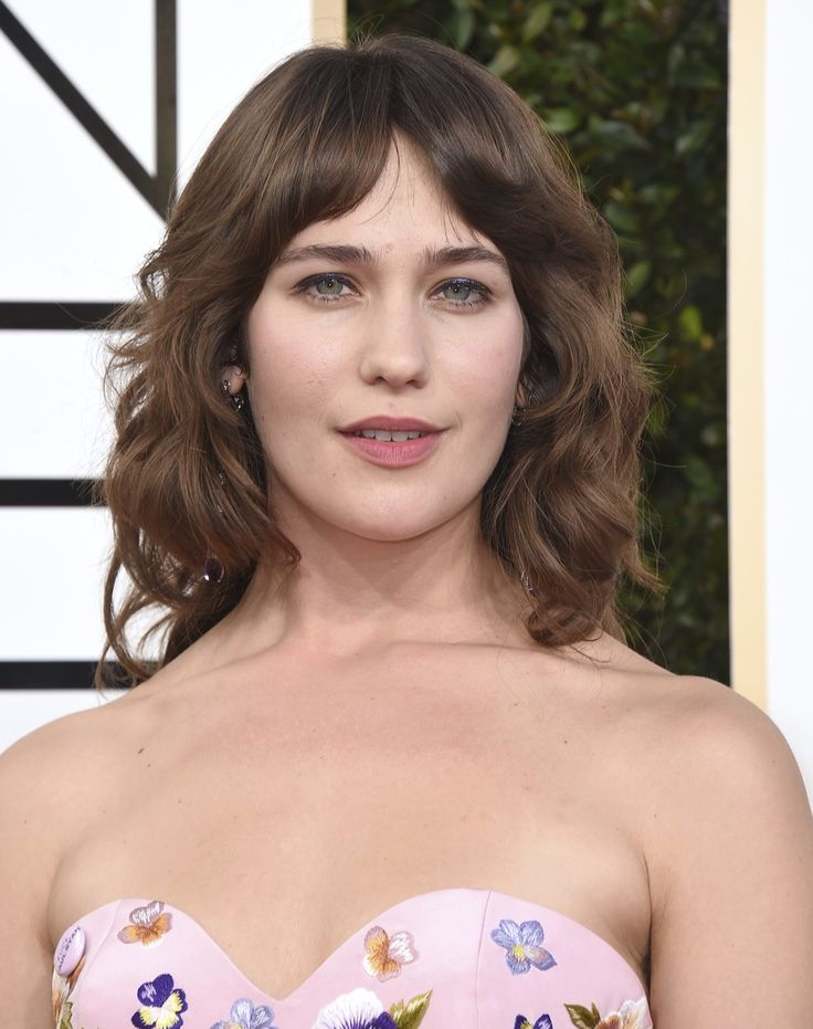 """Last night,Mozart in the Jungleactress Lola Kirke seriously upped the red carpet fashion game with a tiny accessory that packs a lot of punch. Kirke emblazoned her designer gown with a pinkpin that says three little words: """"Fuck Paul Ryan.""""       ..."""