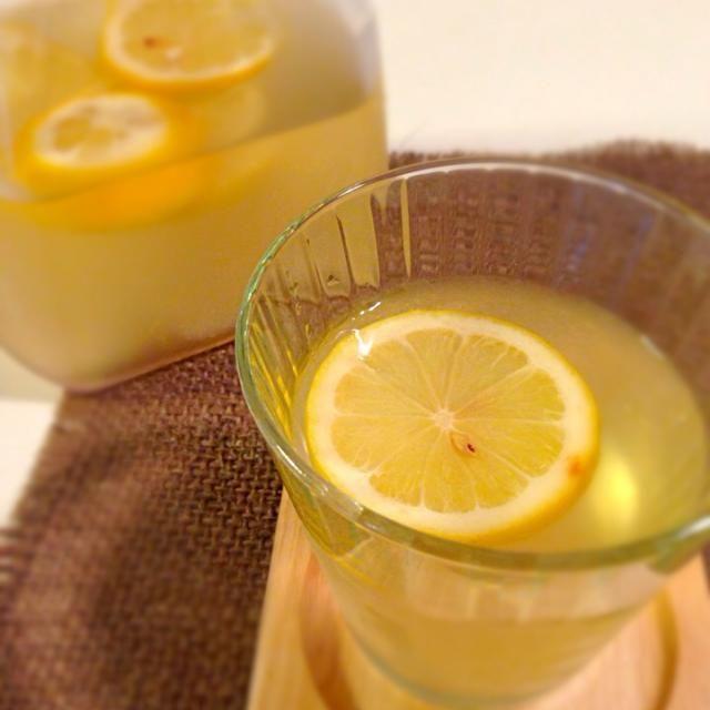 3日ほどはちみつに漬けてからジュースにしてます子供達の大好物! - 6件のもぐもぐ - はちみつレモン by Ayami  Hiratuka