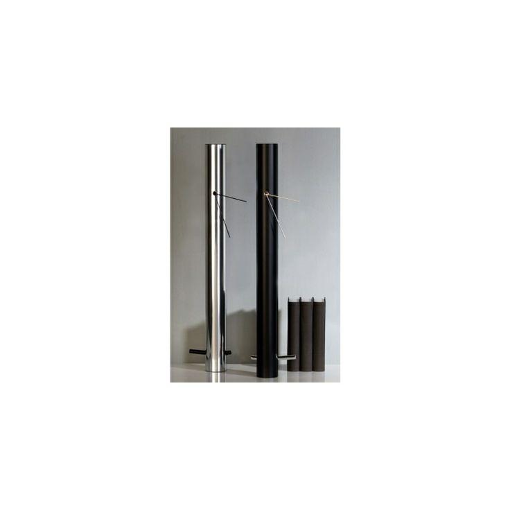 """Uhr """"Tube"""" aus Aluminium, poliert, mit schwarzen Zeigern & Pendulum"""