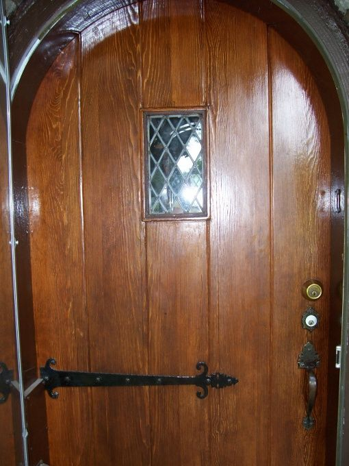 1939 English Tudor Cottage. This door. To my dream house!