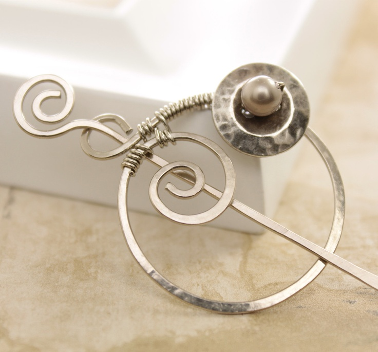 35 best prendedor images on Pinterest   Shawl pin, Jewerly and Wire ...