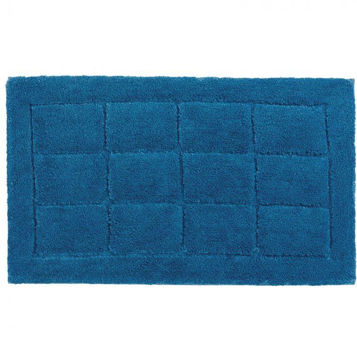Die Nutzschicht der Badteppiche Santorin besteht aus 100 % Polyester-Mikrofaser, die Ihnen ein besonders flauschiges Laufgefühl garantieren. Die Badematten nehmen Nässe auf und sind mit einem rutschhemmenden Rücken ausgestattet, sodass...