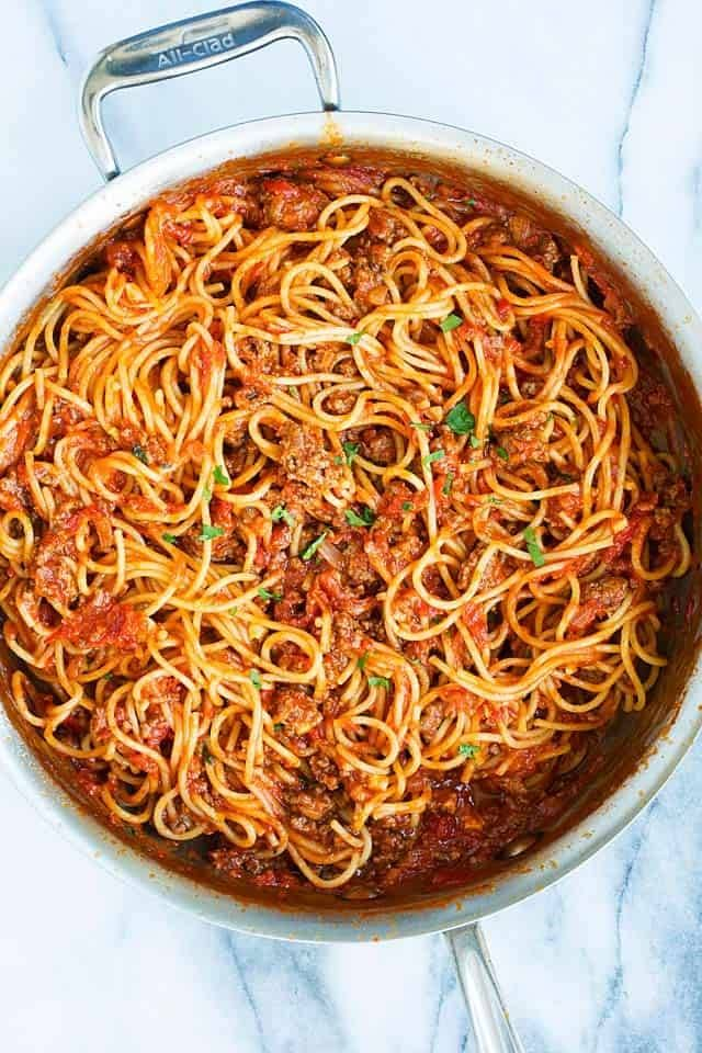 One Pot Spaghetti With Meat Saucefollow For Recipes Is This How You Roll Beef Recipes Easy Spaghetti Meat Sauce One Pot Spaghetti