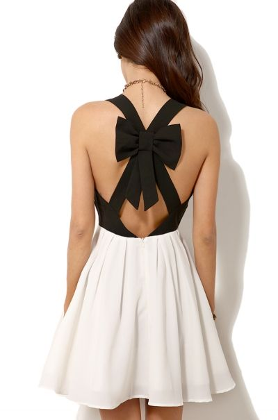 Black Criss Cross Back Bowknot Pleated Dress