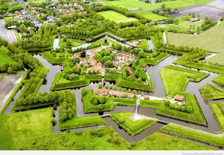 A city with only canals and foot bridges <3  Sounds delightful! Giethoorn in Holland