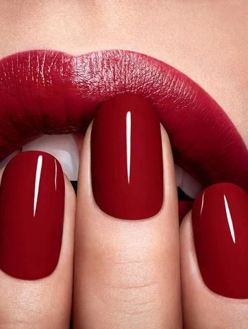 red, lips, nails