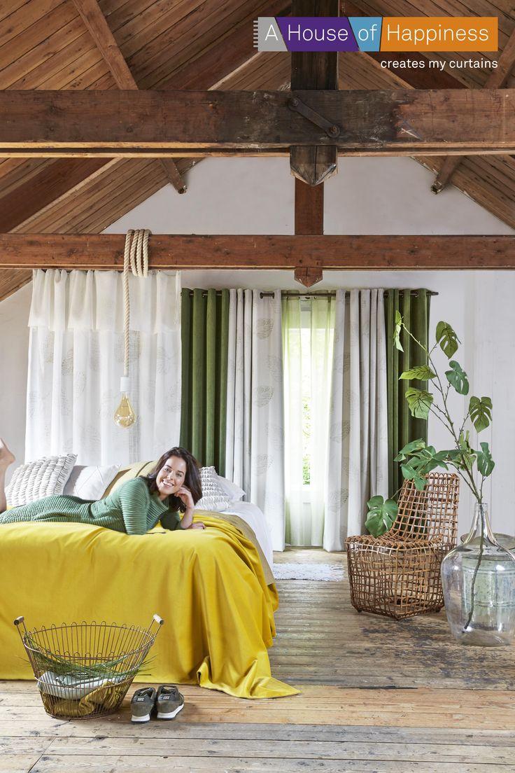 Leuk voor in de slaapkamer, natuurlijke kleuren met één fel accent kleur. #ahouseofhappiness #gordijnen #slaapkamer #geel