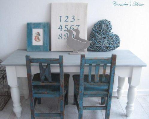 Op maat gemaakte #Brocante #kindertafel #brocante aqua/groene kinderstoeltjes uit Polen | Cornelia's Home via marktplaats