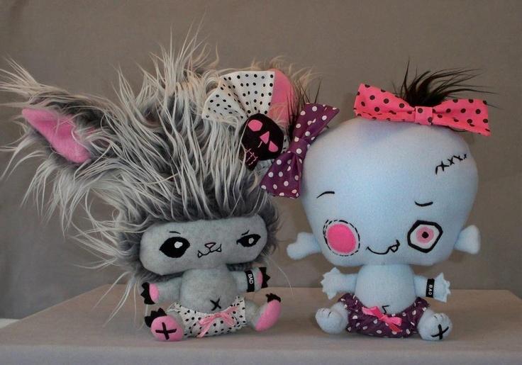 Werewolf Baby Howliss and Zombie Baby Mortis Van Kilt III. #Vamplets #Plush #Toys