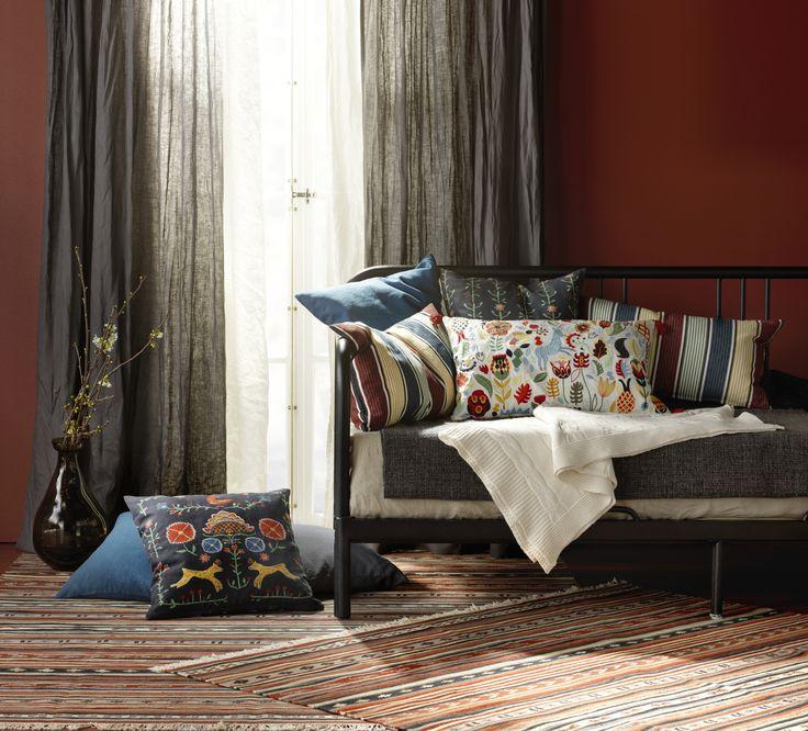 RENREPE kussenovertrek | #IKEAcatalogus #nieuw #2017 #IKEA #IKEAnl #slaapkamer #woonkamer #gordijnen #plaid #tapijt #handgeweven #katoen