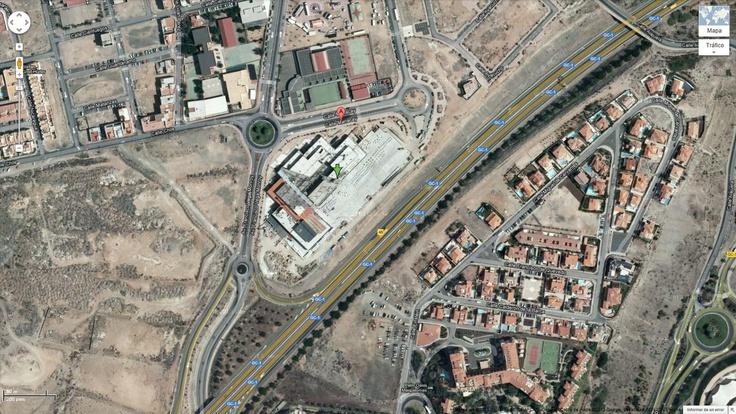 Como llegar al Centro Comercial El Tablero:     https://maps.google.es/maps?q=27.767278%2C-15.601356=es=27.767014%2C-15.601256=0.002198%2C0.00441=1=h=19