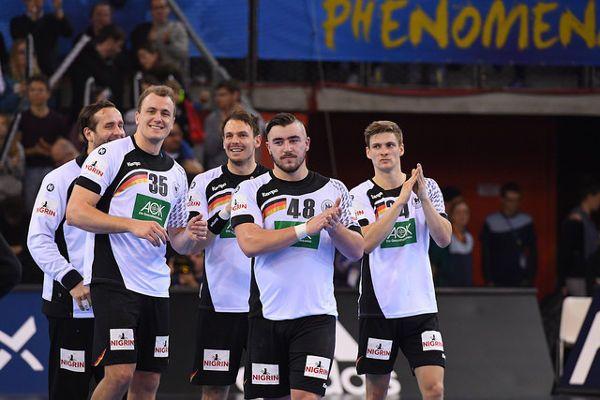 Handball WM 2017: Highlights vom Kantersieg Deutschlands gegen Chile. Handball WM 2017 Frankreich: Deutschland überrollt Chile mit 35:1 ...