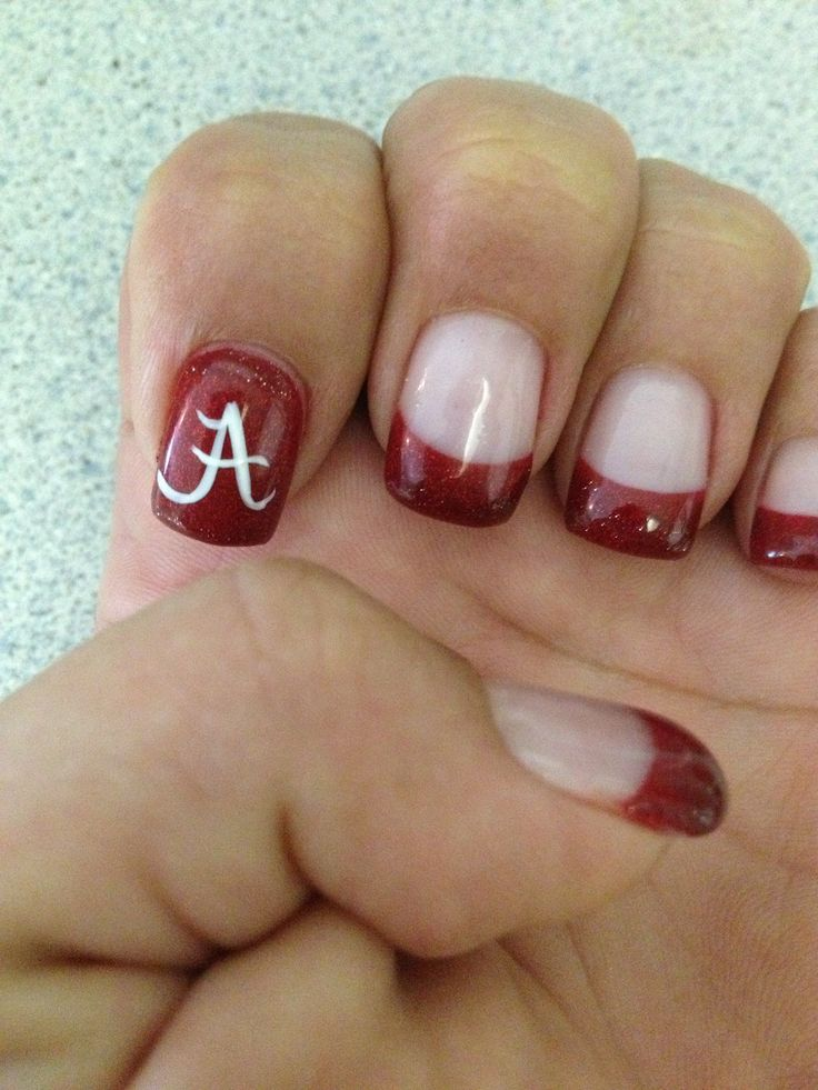 Roll Tide nails