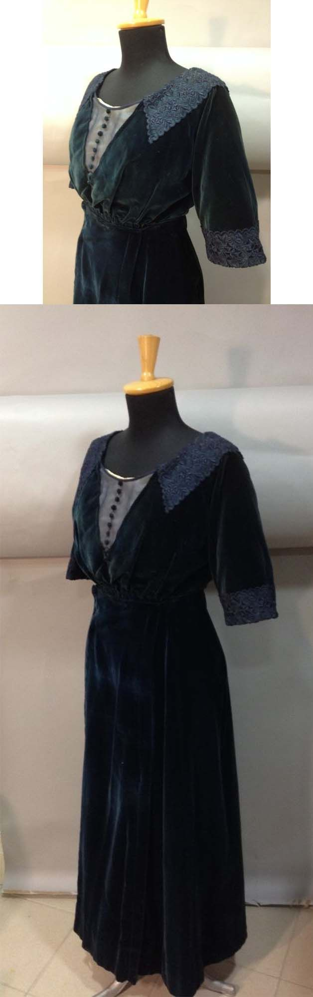 Dark blue velvet silk day dress in two parts, ca. 1910