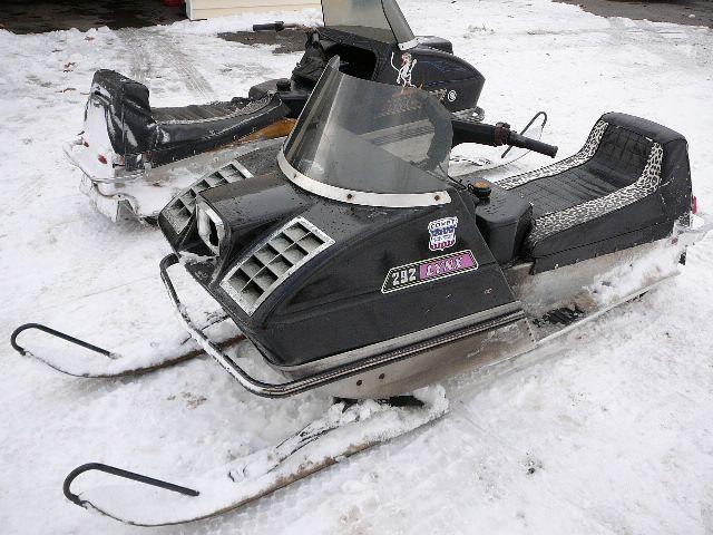 Arctic Cat Schneemobile gebraucht kaufen und verkaufen