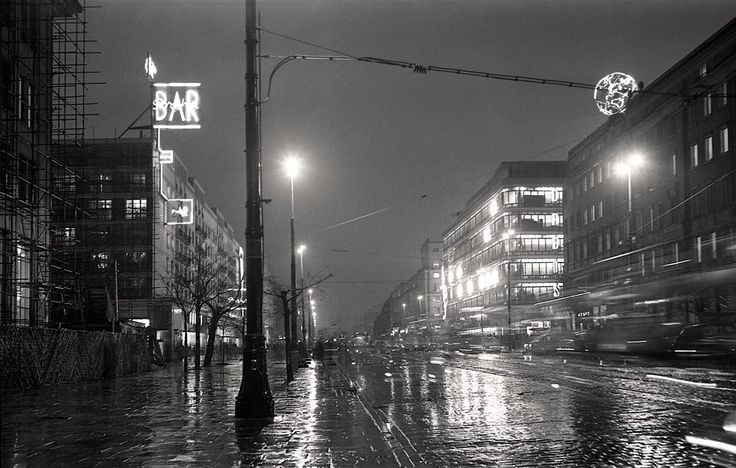 1959. Warszawa noca.
