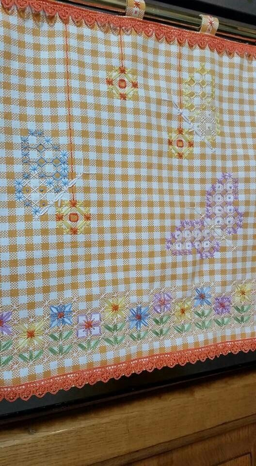 Broderie Suisse, Chicken scratch, Swiss embroidery, Bordado espanol, Stof…