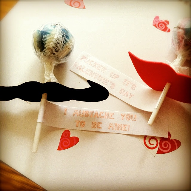 paper Mustache and Lips for Lollipops
