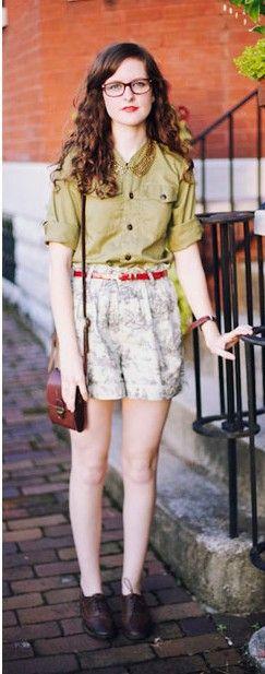 Street Fashion style includes the baroque style shoes, vintage style glasses and handbags #eyewear #womensfashion #fashion
