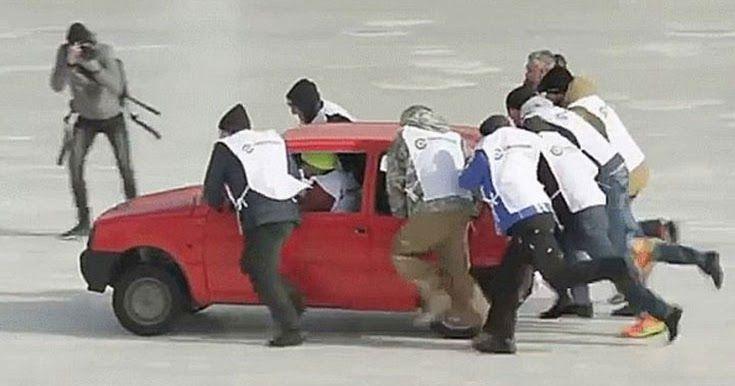 Οι Ρώσοι δημιούργησαν ένα νέο σπορ επί πάγου: Curling με αυτοκίνητα (Video)