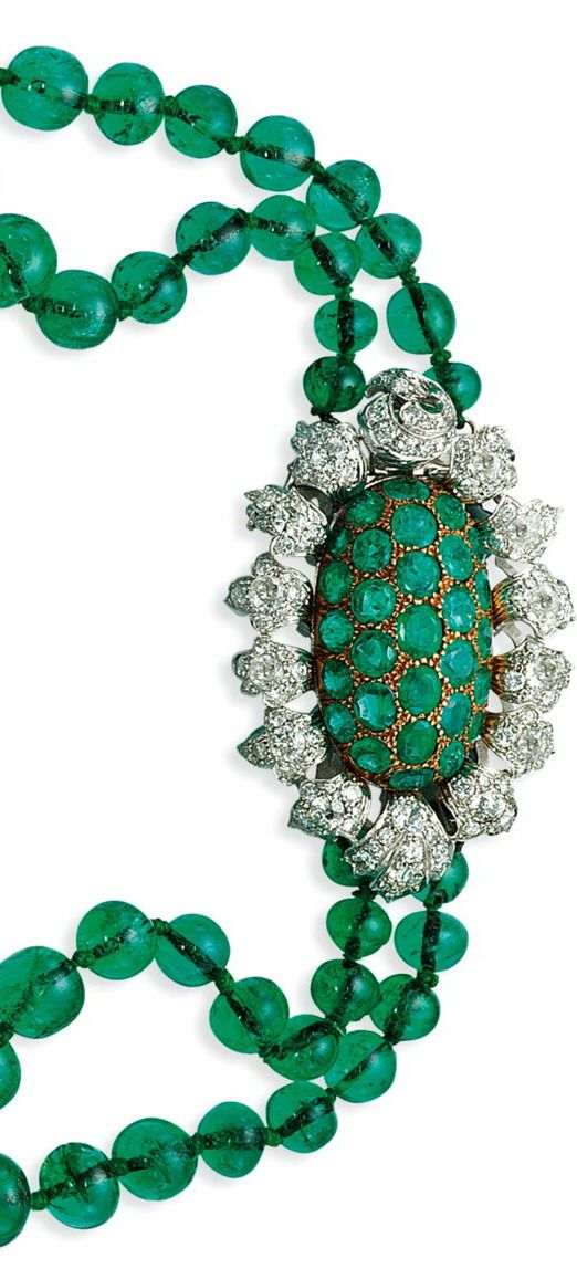 Lily Safra auction at Christie's Geneva: 19th century double row emerald bead necklace with diamond and emerald clasp
