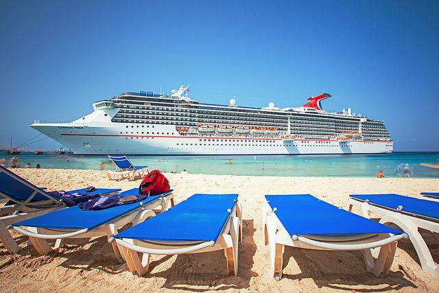 Carnival Cruise Lines, Carnival Pride - The Beach Life by nburwell22, via Flickr