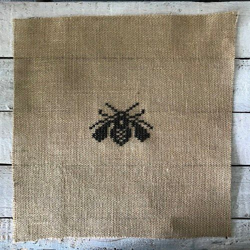 INSECT - FLY - cross stitch - embroidery - jute fabric