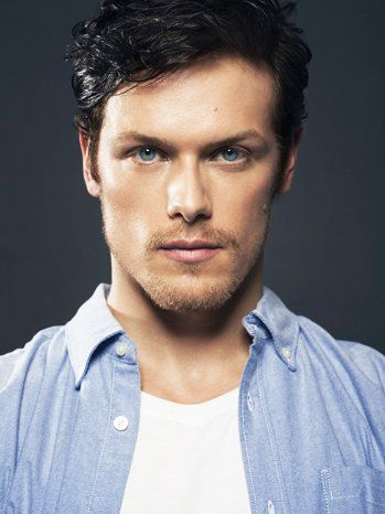 Sam Heughan took a quick 30 minutes - and it sure felt like it passed in a flash - to chat with fans on Twitter this afternoon. Q Happy anniversary being c