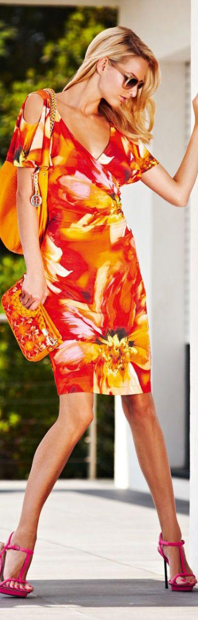 Jurkje in mooie kleuren voor de warme lente (L2) en warme herfst (H2). Maar geen roze schoenen voor deze kleurtypes!