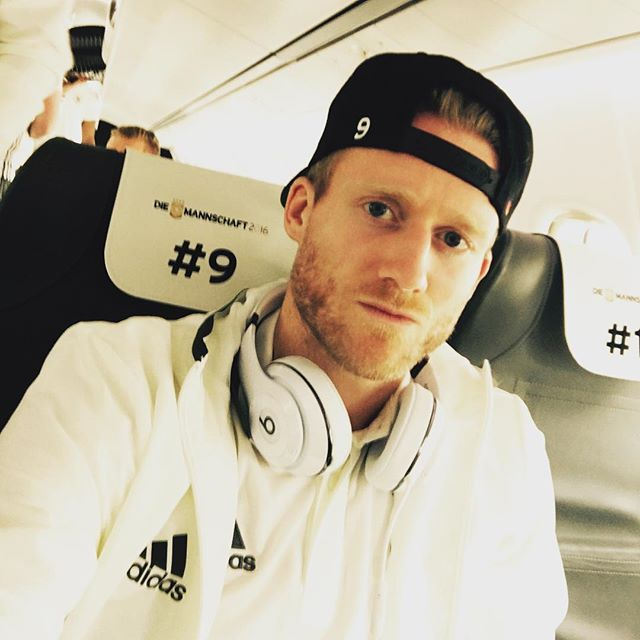 Pin for Later: Hier findet ihr die deutsche Fußballmannschaft auf Instagram André Schürrle