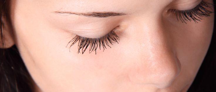 Bekijk hier wat voor soort wenkbrauwen erbij jouw gezichtsvorm passen. Hartvormig gezicht, rond gezicht etc. Lees hier de tips voor jouw perfecte vorm wenkbrauwen.