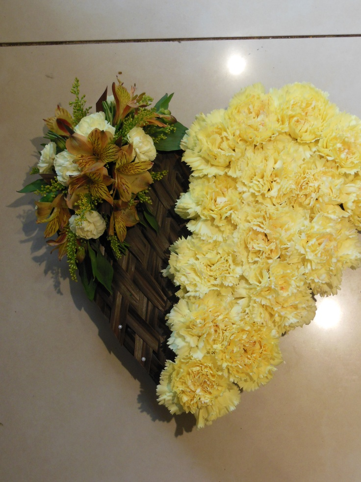 Based heart with weaving, funeral tribute.